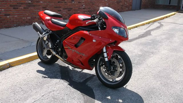 2006 Triumph 955I DAYTONA