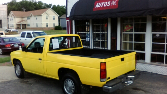 1986 Nissan Pickup  - Topeka KS