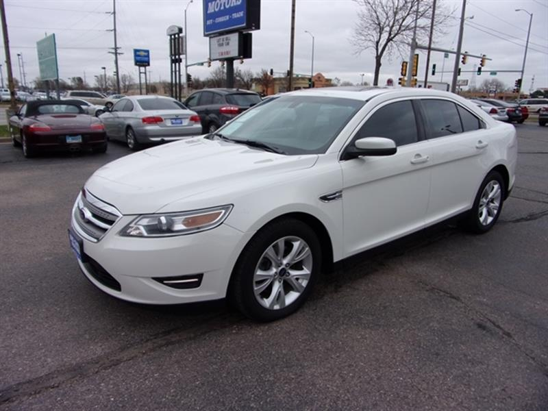 Ford taurus for sale in sioux falls sd for Wheel city motors sioux falls sd