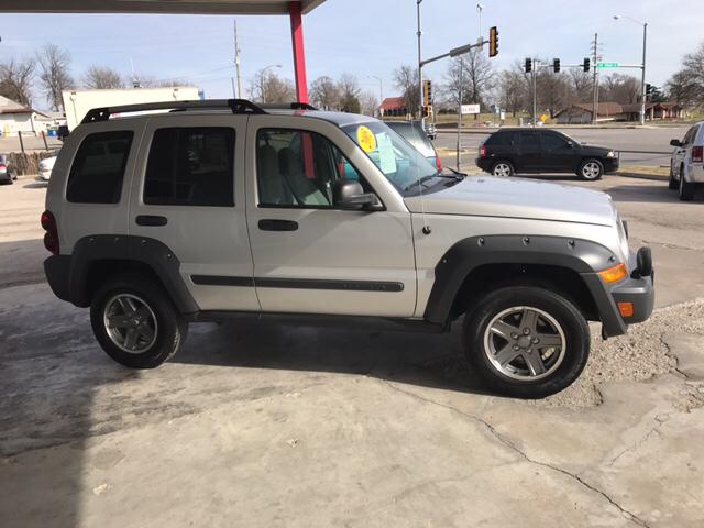 2005 Jeep Liberty Renegade 4WD 4dr SUV - Kansas City KS