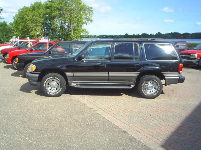 2001 SUV's--SUV's--SUV's -- 4x4's ---  All Colors
