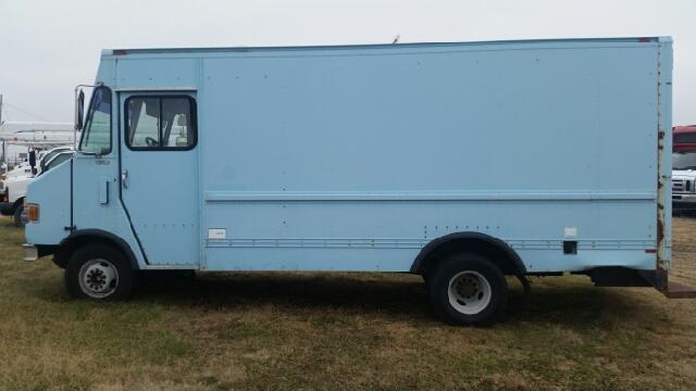 used stepvan truck for sale in wichita kansas. Black Bedroom Furniture Sets. Home Design Ideas