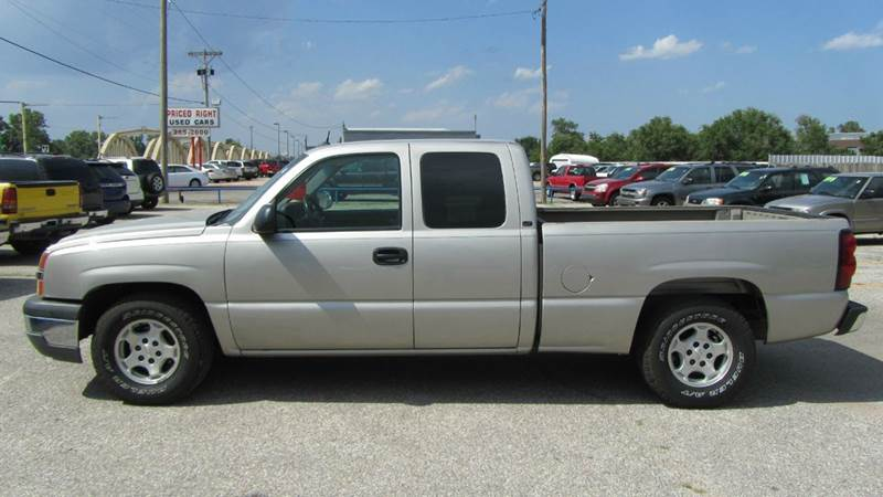 2004 chevrolet silverado 1500 4dr extended cab lt rwd lb in valley center ks e z loan auto sales. Black Bedroom Furniture Sets. Home Design Ideas