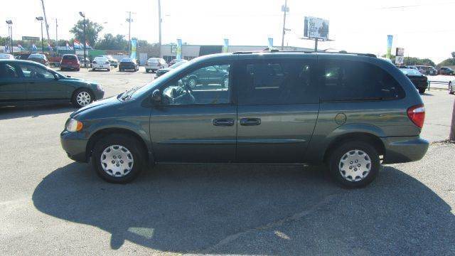 2003 Chrysler Town And Country Lx Family Value 4dr Minivan