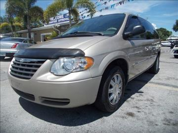 2006 Chrysler Town and Country for sale in Melbourne, FL
