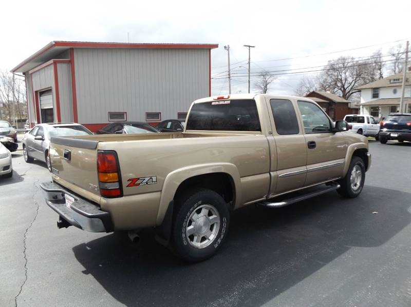 2005 GMC Sierra 1500 4dr Extended Cab SLT 4WD SB - Lima OH