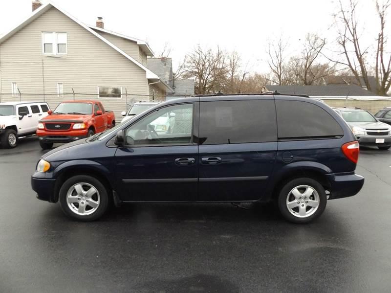2005 Dodge Caravan SXT 4dr Mini-Van - Lima OH