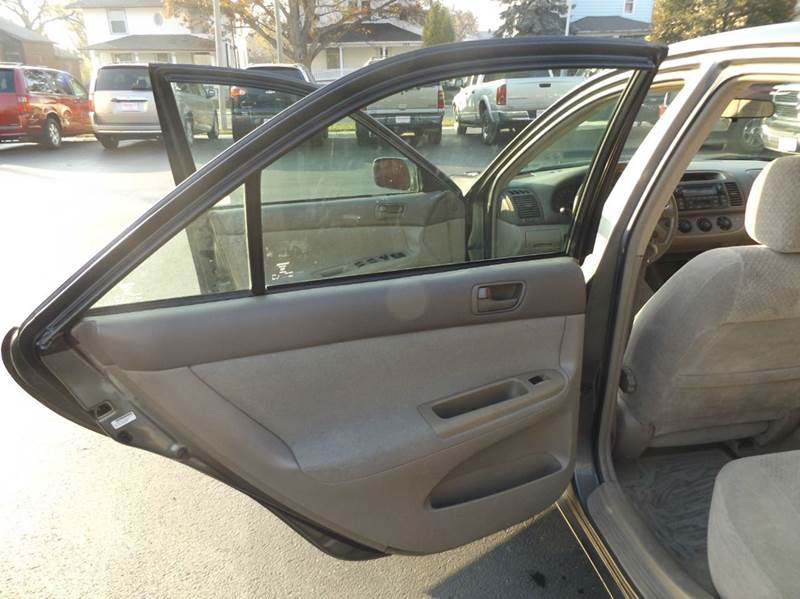 2002 Toyota Camry LE V6 4dr Sedan - Lima OH