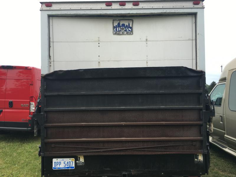 2000 Ford E-Series Cargo E350 SUPER DUTY CUTAWAY VAN - Hillsdale MI