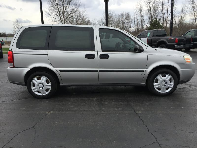 2006 chevrolet uplander ls 4dr mini van in hillsdale mi. Black Bedroom Furniture Sets. Home Design Ideas