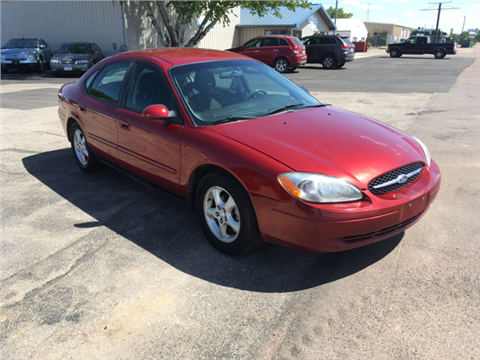 2000 Ford Taurus for sale in Ortonville, MN