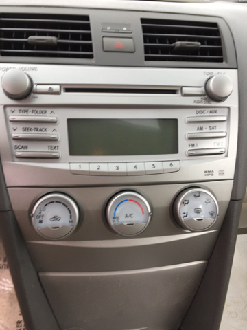 2010 Toyota Camry LE 4dr Sedan 6A - Monroe MI