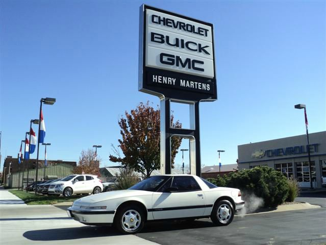 Used buick reatta for sale for Mccormick motors decatur il