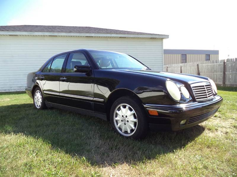 1998 mercedes benz e class e320 4matic awd 4dr sedan in grand rapids mi niewiek auto sales inc. Black Bedroom Furniture Sets. Home Design Ideas
