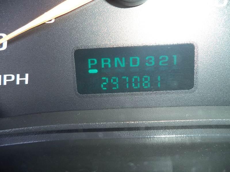 2003 Chevrolet Express Cargo 1500 3dr Van - Grand Rapids MI