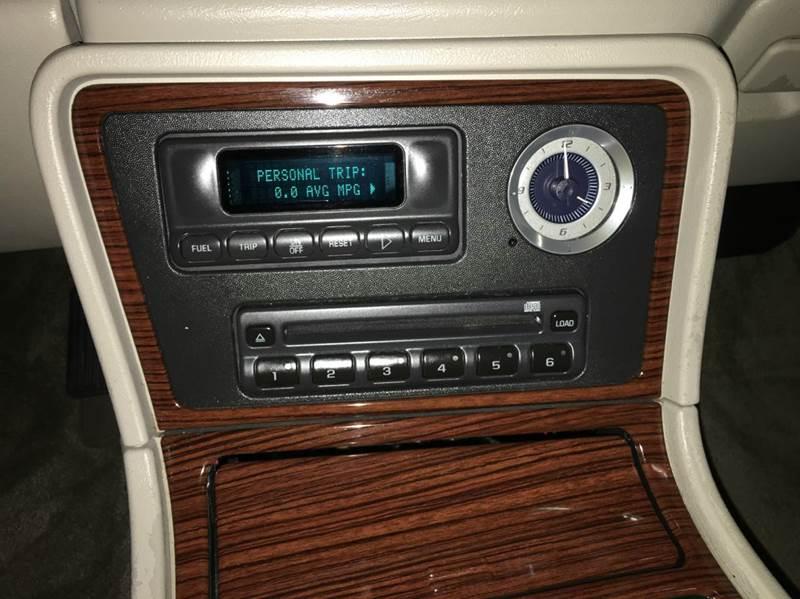 2002 Cadillac Escalade AWD 4dr SUV - Grand Rapids MI