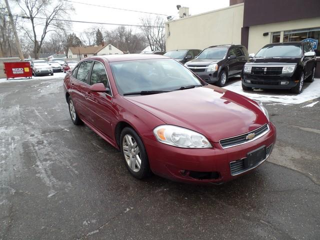2009 Chevrolet Impala LT 4dr Sedan w/2LT - Warren MI