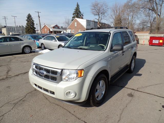 2009 Ford Escape AWD XLT 4dr SUV V6 - Warren MI