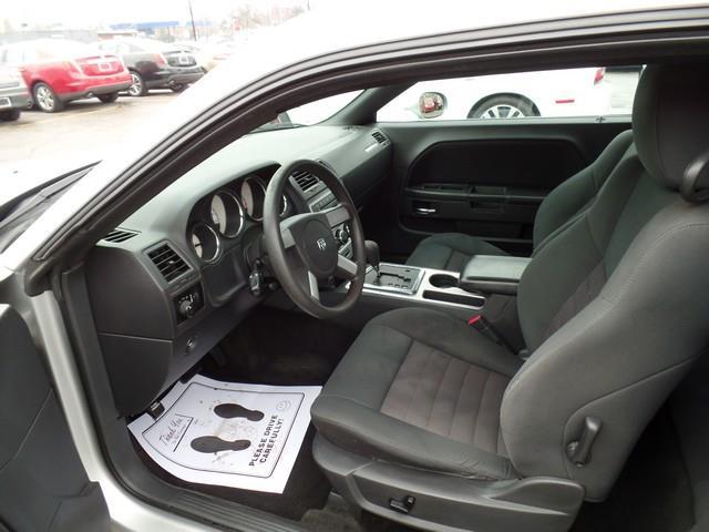 2010 Dodge Challenger SE 2dr Coupe - Warren MI