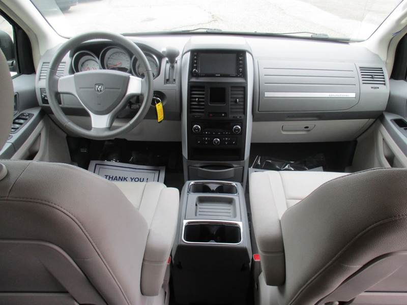 2008 Dodge Grand Caravan SXT Extended Mini-Van 4dr - Traverse City MI