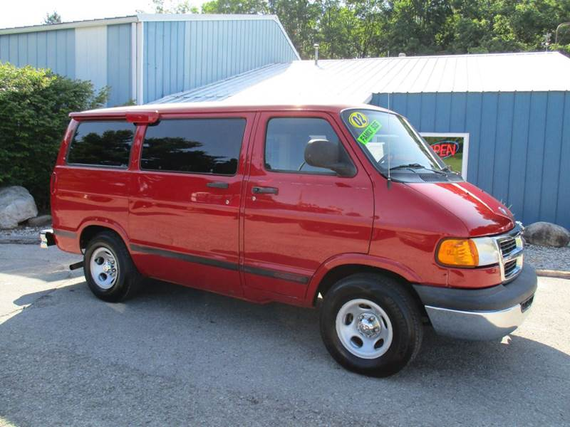 2002 Dodge Ram Wagon 1500 3dr Passenger Van - Traverse City MI