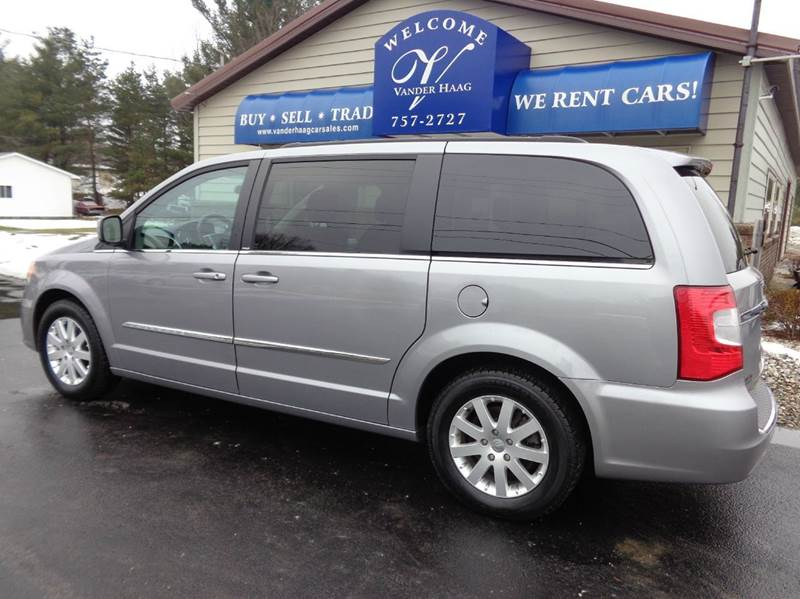 2014 Chrysler Town and Country Touring  - Scottville MI