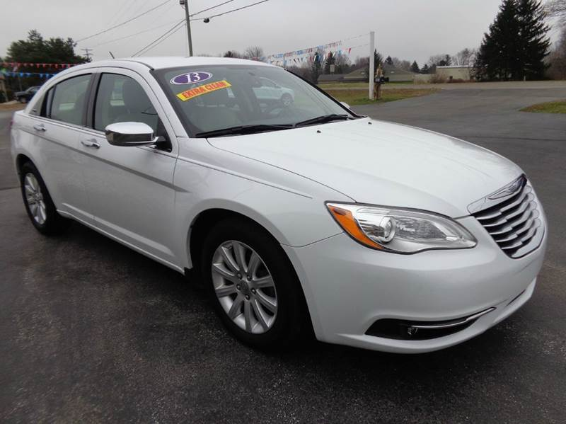 2013 Chrysler 200 Limited  - Scottville MI