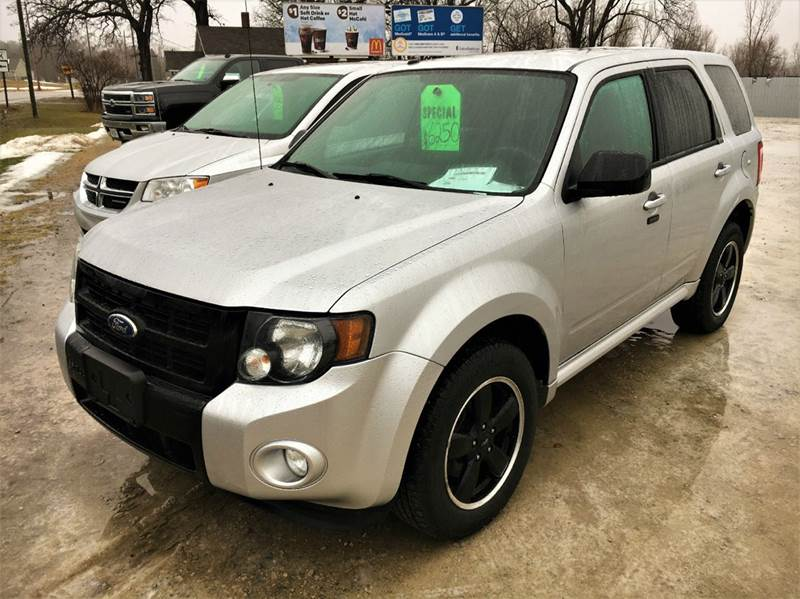 2010 ford escape xlt awd 4dr suv in fort atkinson wi dependable auto. Black Bedroom Furniture Sets. Home Design Ideas