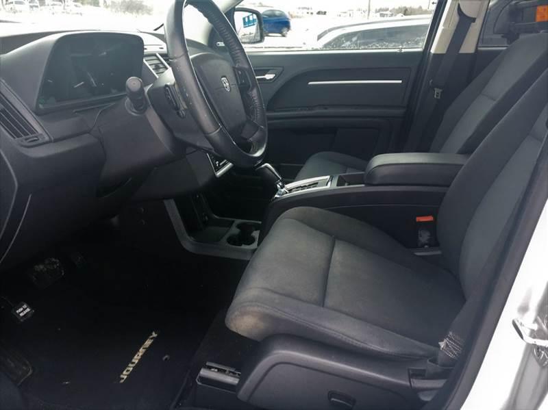 2010 Dodge Journey SXT 4dr SUV - Fort Atkinson WI
