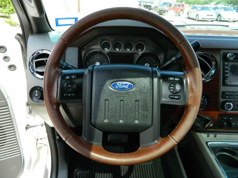 2012 Ford F-250 Super Duty 4x4 King Ranch 4dr Crew Cab 6.8 ft. SB Pickup - Gonzales TX