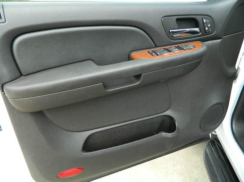 2008 GMC Yukon XL SLT 1500 4x2 4dr SUV - Gonzales TX
