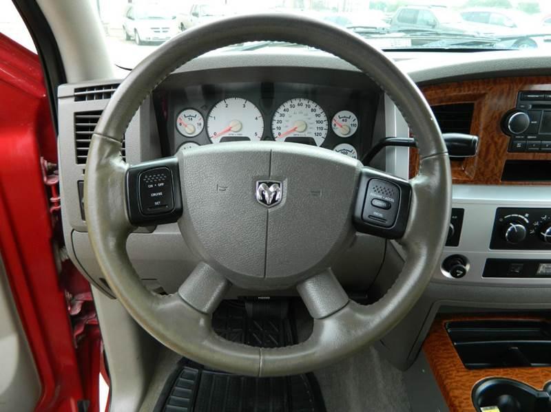 2007 Dodge Ram Pickup 3500 4x4 Laramie 4dr Quad Cab LB - Gonzales TX
