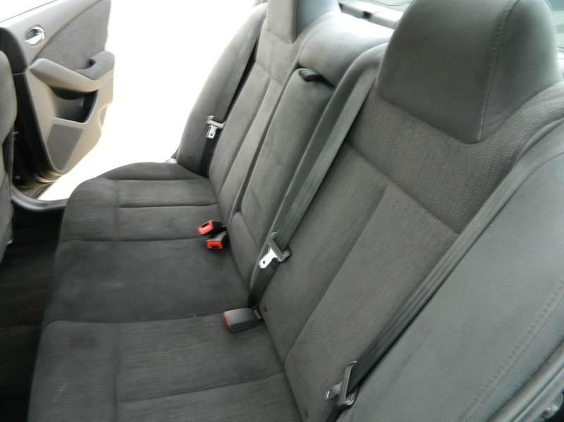2012 Nissan Altima 2.5 S 4dr Sedan - Gonzales TX