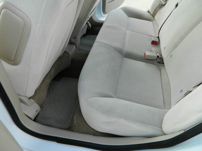 2011 Chevrolet Impala LT Fleet 4dr Sedan w/2FL - Gonzales TX