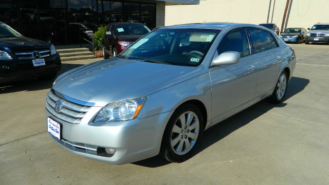 2007 Toyota Avalon XLS 4dr Sedan - Gonzales TX