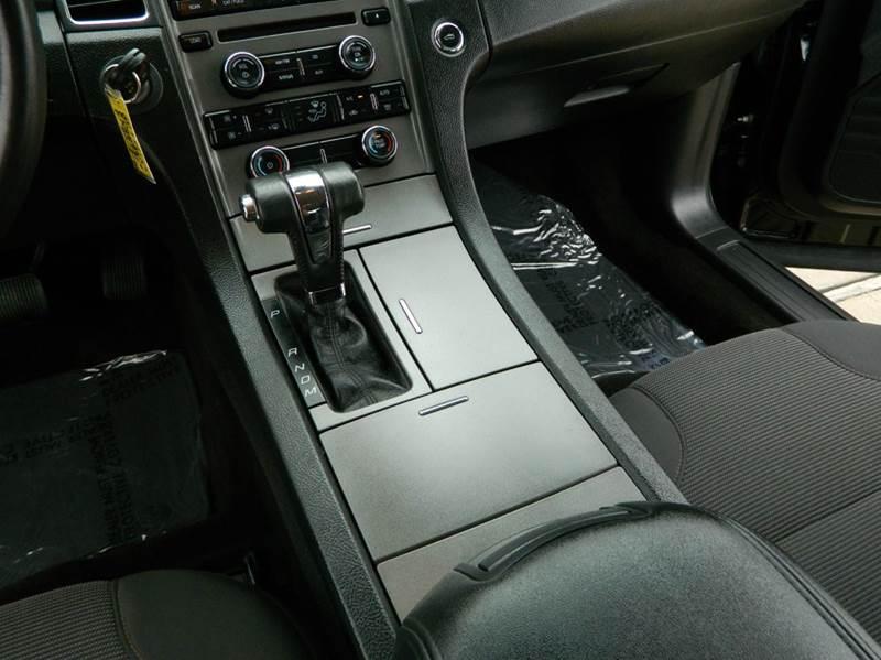 2012 Ford Taurus SEL 4dr Sedan - Gonzales TX