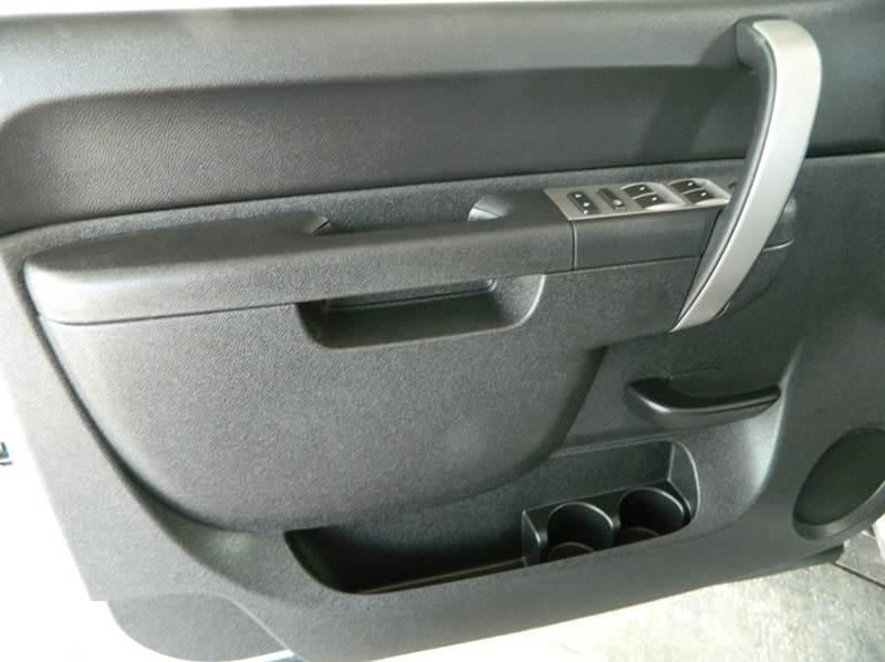 2010 Chevrolet Silverado 1500 LT 4x2 4dr Crew Cab 5.8 ft. SB - Gonzales TX