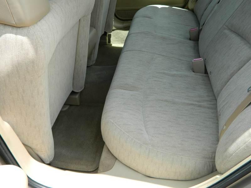 2004 Buick LeSabre Custom 4dr Sedan - Gonzales TX