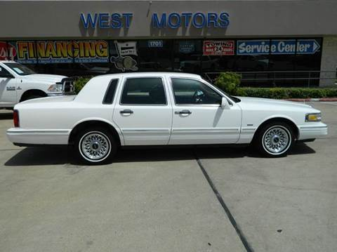 1996 Lincoln Town Car for sale in Gonzales, TX
