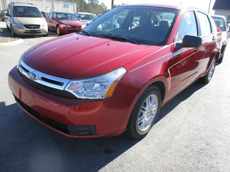 2011 Ford Focus SE 4dr Sedan - Garner NC