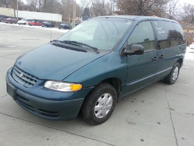 2000 Chrysler Voyager