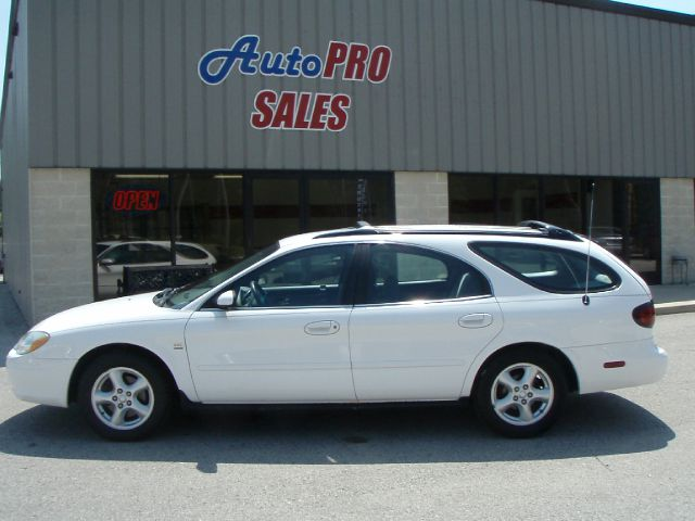 2003 FORD TAURUS SE PREMIUM white 3rd row seating and great gas mileage like new one owner new c