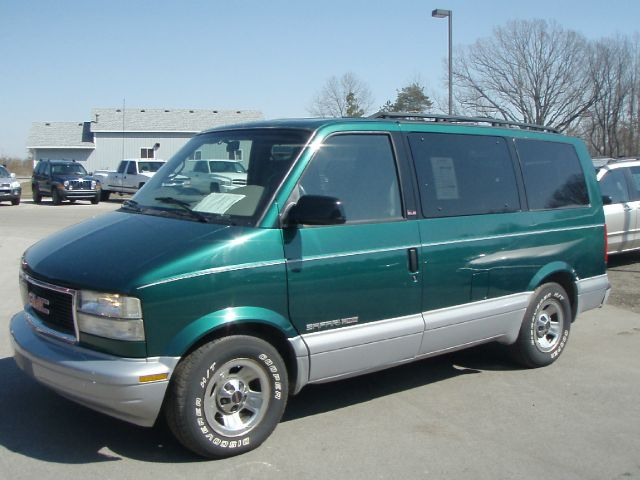 1999 GMC Safari