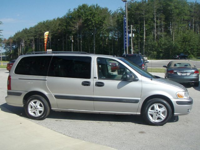2004 CHEVROLET VENTURE LT EXT AWD silver all wheel drive assures you will get there safely while