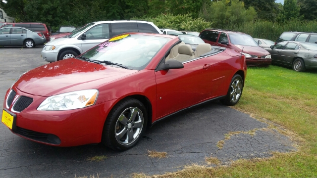 2006 pontiac g6 gtp 2dr convertible in menasha wi. Black Bedroom Furniture Sets. Home Design Ideas