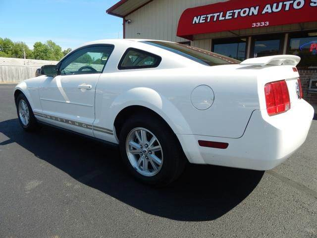 2006 Ford Mustang V6 Deluxe 2dr Coupe - Jonesboro AR