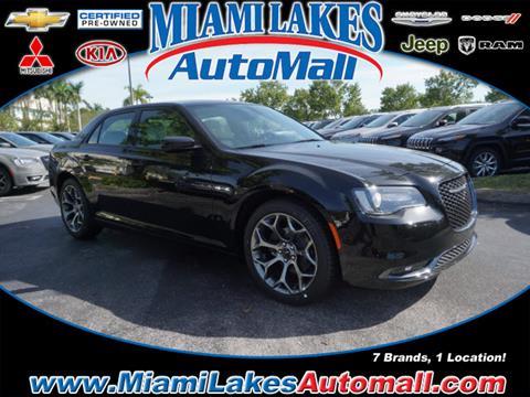 2018 Chrysler 300 for sale in Miami, FL