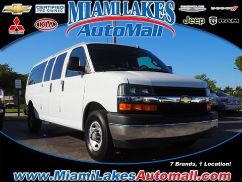 2017 Chevrolet Express Passenger for sale in Miami, FL