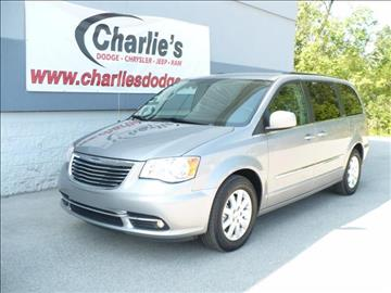 2016 Chrysler Town and Country for sale in Maumee OH
