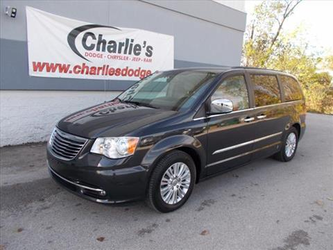 2011 Chrysler Town and Country for sale in Maumee, OH